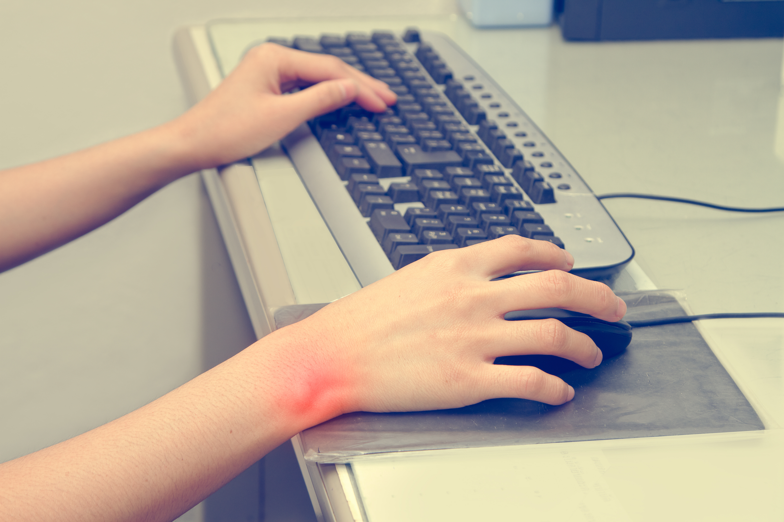 Traders Avoid Carpal Tunnel Syndrome Ez Trading Computers